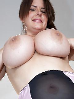 moms big tits